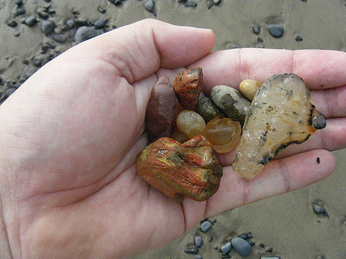Best Beaches In Oregon For Agates