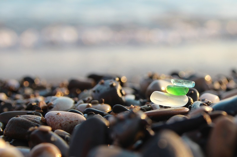 How To Find Sea Glass (10 Tips For Collecting Sea Glass)